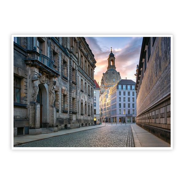 Ansichtskarte Dresden - Fürstenzug mit Frauenkirche